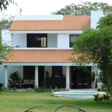 Residencia en venta en Club de golf La Ceiba (CM)