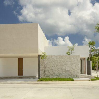 Casa de 1 planta, en privada , en Temozon (CM)