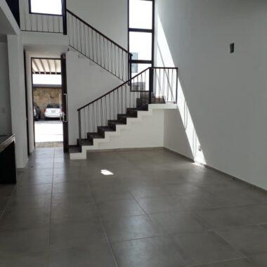 Casa residencial en privada, 3 recamaras. (CM)